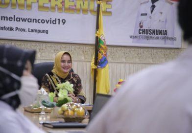 Bunda Literasi Ibu Riana Arinal Sampaikan Strategi Cerdas Berliterasi di tengah Pandemi Covid-19